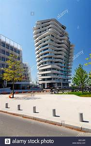 Hamburg Marco Polo Tower : the apartment building marco polo tower strandkai quay hafencity stock photo 60843267 alamy ~ Indierocktalk.com Haus und Dekorationen
