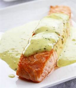 Grilled Salmon Recipe with Mint & Basil Sauce — Eatwell101