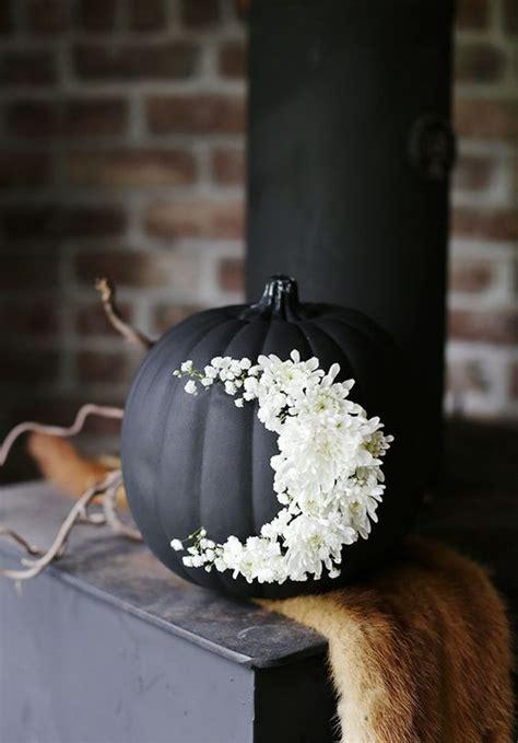 ideas  throw  halloween wedding  style