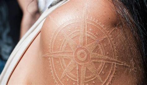 Tatouage Tout Savoir Sur Le Tatouage à Encre Blanche L