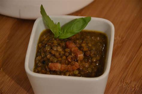 lentille cuisine lentilles mijotées échalotes carottes et lardons maevab