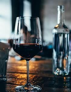Verre à Vin Géant : combien de calories dans un verre de vin elle table ~ Teatrodelosmanantiales.com Idées de Décoration