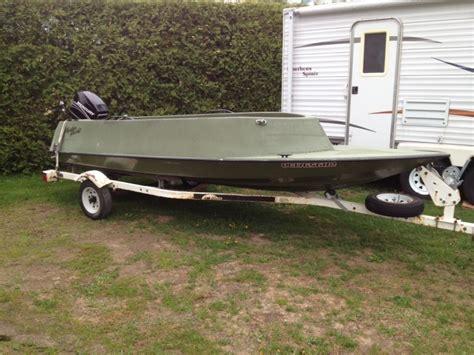 Layout Boat A Vendre by Chaloupe Hydro Yacht A Vendre Duck Boat