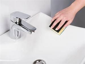 Kratzer Aus Ledercouch Entfernen : waschbecken polieren kratzer einfach entfernen handwerkertipps ~ Markanthonyermac.com Haus und Dekorationen