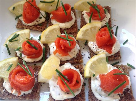 rye bread canapes smoked salmon on rye bread easy peasy lemon squeezy