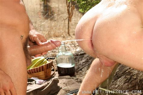 Guy And Girl Piss On Each Other Porn Galleries