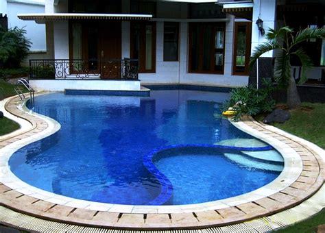 rumah minimalis  kolam renang kecil harga rumah tipe