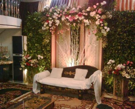 simak konsep pernikahan sederhana  rumah  menarik
