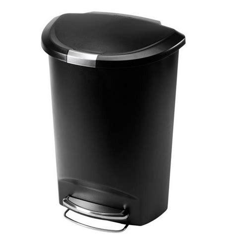semi  plastic  liter step garbage trash  indoor