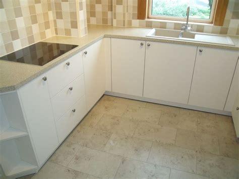 pin  graham austin  bathroom redo click flooring