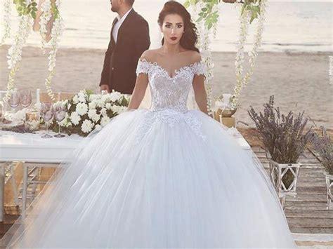 Como Seria O Seu Vestido De Noiva? Wedding Pumps Flat Entourage Robes Flowers Drawing Day Nz Meath Gown Chanel Unique