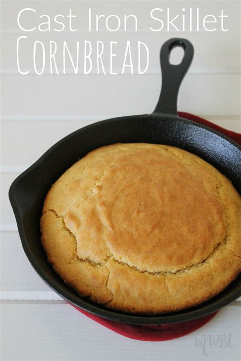 cast iron skillet cornbread recipe mom wife busy life