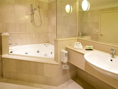 ultimate guide  bathroom corner bath ideas