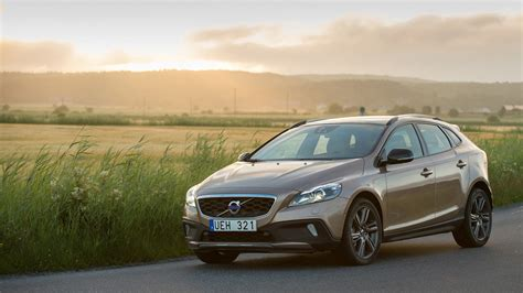 Gambar Mobil Volvo V40 Cross Country by Volvo V40 Cross Country 2014 Wallpapers Hd