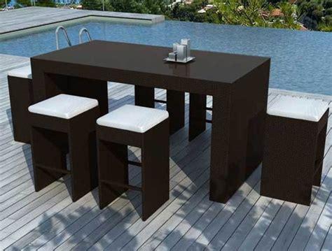 ensemble table bar et tabourets resine tressee 6 places