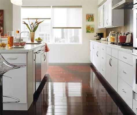 slab kitchen cabinet doors rainier slab cabinet doors homecrest cabinetry 5306