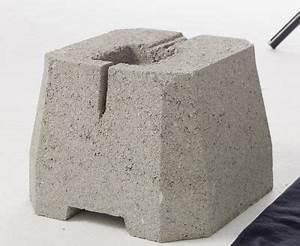 Plot béton à enterrer pour portique Castorama