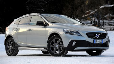 Volvo V40 Cross Country Backgrounds by Volvo V40 Cross Country 2012 Wallpapers And Hd Images