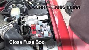 Fuse Box For 1999 Chevy S10 Blazer : blown fuse check 1998 2005 chevrolet blazer 1999 ~ A.2002-acura-tl-radio.info Haus und Dekorationen