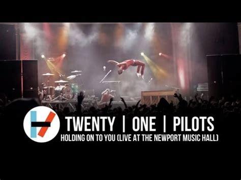 twenty  pilots holding      newport