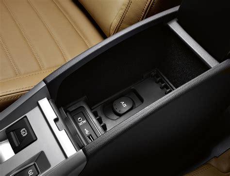 renault laguna coupe   features equipment