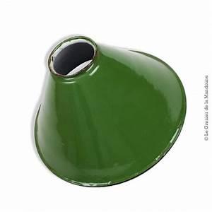 Abat Jour Vert : ancienne lampe suspension en t le maill e verte conique vintage ~ Teatrodelosmanantiales.com Idées de Décoration