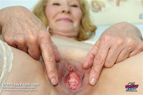 Pink Teens Helping An Old Senior Ripe Granny Ass Close Up Spreading