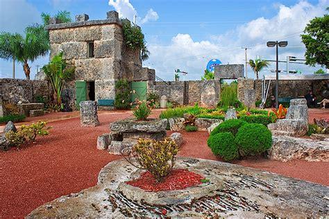 coral castle  florida  built  mind blowing