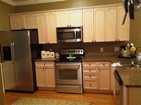 companies that spray paint kitchen cabinets sophisticated repainting kitchen cabinets repainting