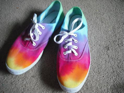 Tie Dye Joe Boxer Shoes By Doyoudreamoutloud On Etsy