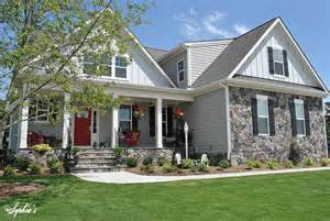 Hometalk Farmhouse Style Front Porch Pop Red Very Popular Front Porch Roof Options