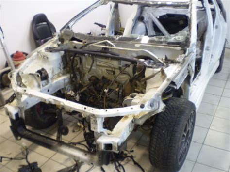 Mercedes Ponton Mitsubishi Evo Ix by Resurrection Of A Totaled Evo 9 In A Of 61 Mercedes
