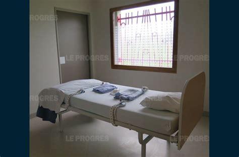 chambre d isolement santé la contention ce n est pas pour le plaisir