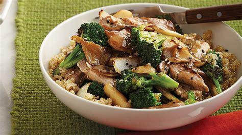 cuisiner le brocolis sauté de porc au brocoli et aux chignons iga recettes