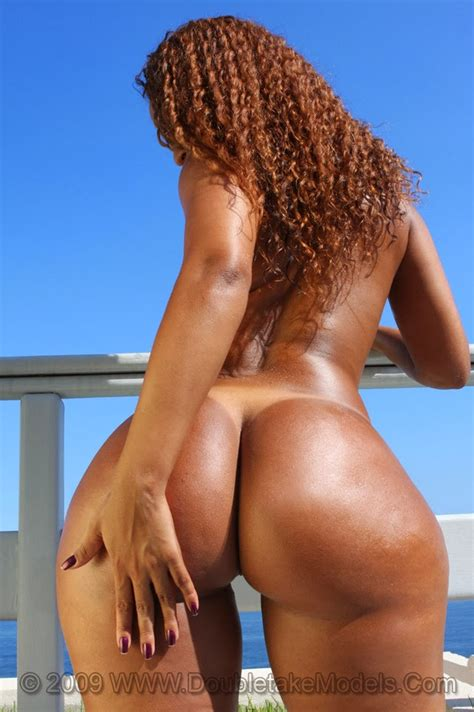Luana Alves Big Brazilian Ass Is Perfect Horny Ebony