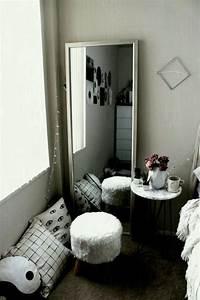 Tumblr Room Free Online Home Decor Projectnimb Us ...
