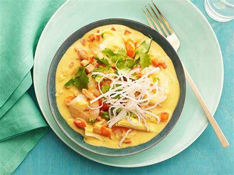 shrimp  vegetable yellow curry recipe giada de