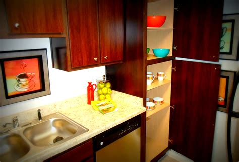 what of kitchen cabinets are in style garden style 1 2 bedroom apartments in houston tx 2236
