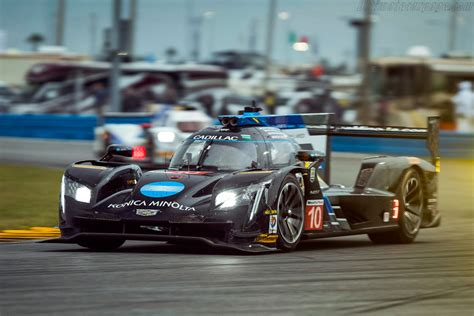 cadillac dpi vr images specifications  information