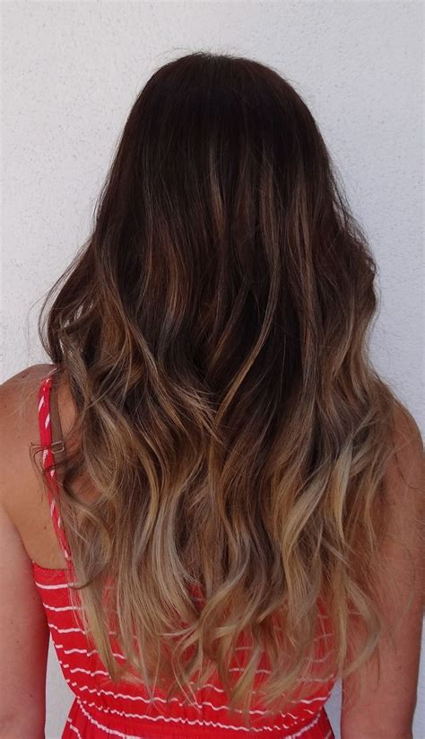 brown to light brown hair fantastic ombre hairstyles for wavy hair subtle