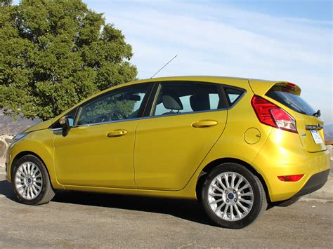 ford  moving  compact car production