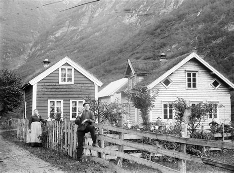 filehamlet western norway ca