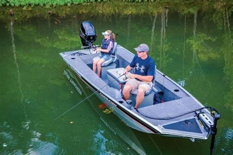 Best Aluminum Bass Boat Under 15k by 2015 Tracker Panfish 16 Boat Review Top Speed