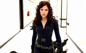 Black Widow Costume | DIY Guides for Cosplay & Halloween