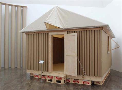 shigeru ban architecture and humanitarian activities