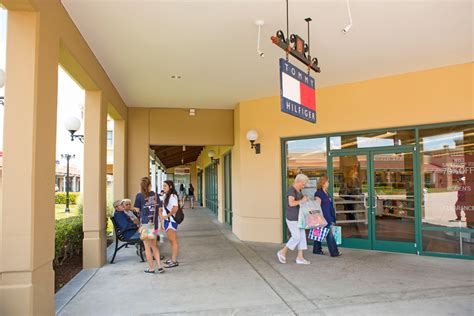 kitchen collection store hours lebanon premium outlets outlet mall in tennessee