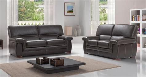 peindre un canapé en simili cuir banquette design tissu