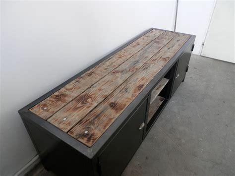 meuble tv fer bois industriel r 233 alisation m 233 tal mobilier de salon meubles industriels et