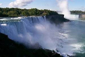 CANADA TRAVEL GUIDE: NIAGARA FALLS - Feel The Thrill.