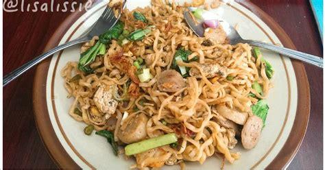Walaupun banyak masakan udang lainnya seperti udang saus tiram, udang. Resep Mie Goreng Seafood ala Resto Chinese Food oleh lisalissie - Cookpad